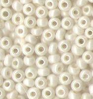 Бисер №46381, №10, Preciosa (Чехия), белый молочный жемчужный, непрозрачный