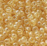Бисер № 48013,№10, Preciosa(Чехия), светло-янтарный глазурированный, прозрачный
