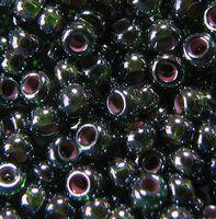 Бисер №51128, №10, Preciosa (Чехия), тёмно-зелёный с красным отверстием, прозрачный