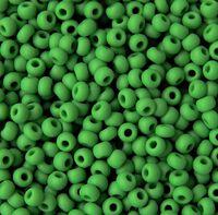 Бисер №53250, №10, Preciosa (Чехия), зелёный натуральный, непрозрачный