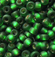 Бисер №57100, №10, Preciosa (Чехия), светло-зелёный матовый блестящий, прозрачный
