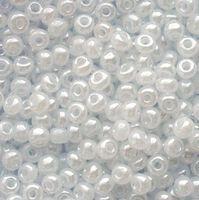 Бисер №57102, №10, Preciosa (Чехия), белый , полупрозрачный