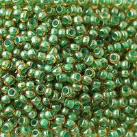 Бисер №81358, №10, Preciosa (Чехия), янтарно-зелёный радужный, прозрачный