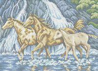 Лошадиная семья А3-0449 схема с рисунком на габардине для полной вышивки бисером