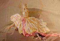 Мечтающая балерина DANA-228 схема с рисунком на габардине для частичного вышивания бисером