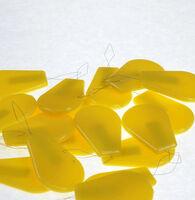 Нитковдеватель- приспособления для вдевания вышивальных ниток в иглу для рукодельниц