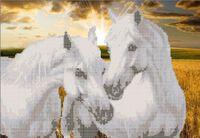 Пара коней А3-0010 схема с рисунком на габардине для частичной вышивки бисером