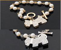 Браслет с кулоном собачка со стразами жемчугом под золото серебро